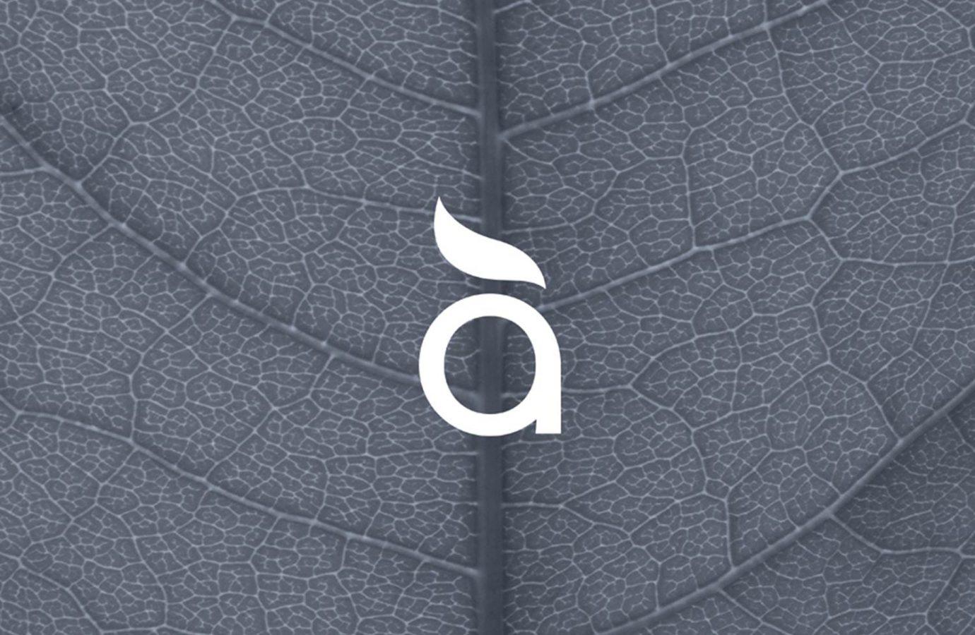 Design del simbolo per brand di cosmesi naturale destinato alla GDO realizzato da WillBe
